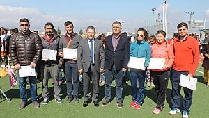 Akçakale'de Dereceye Giren Öğrenciler Ödüllerini Aldı
