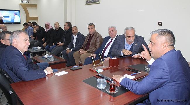 CHP'Lİ VEKİLLER BAŞKAN AYHAN'I ZİYARET ETTİ