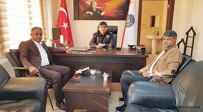 BAŞKAN AYHAN'DAN POLİSLERE TATLI İKRAMI!
